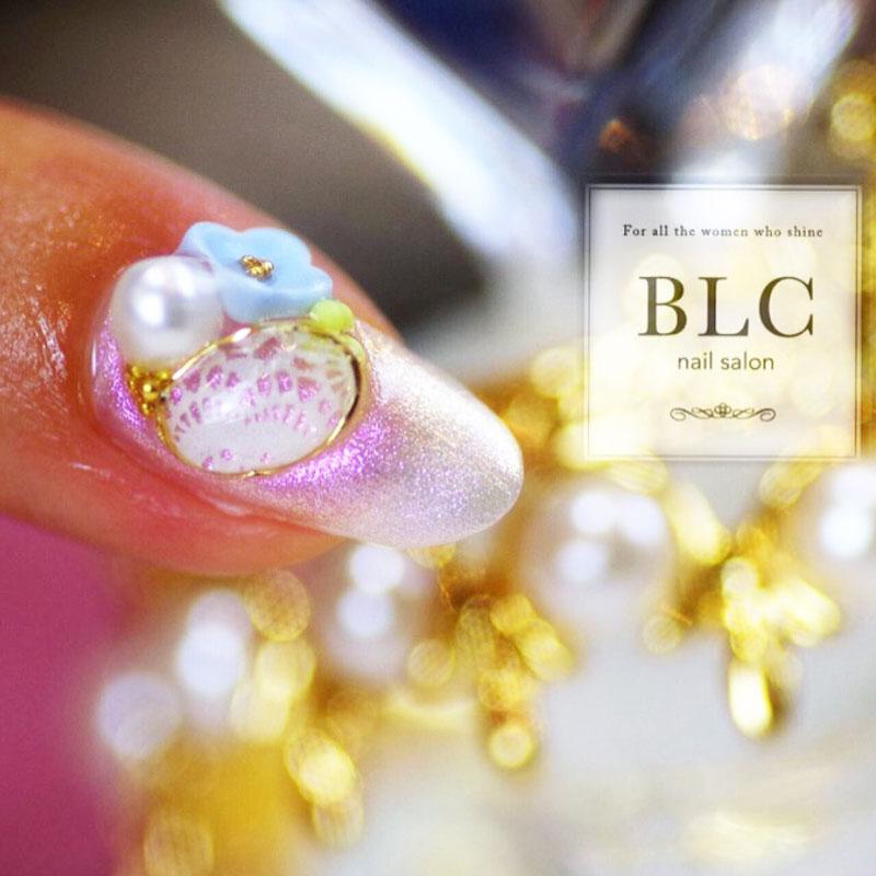 Clear Lace Brooch Bijou