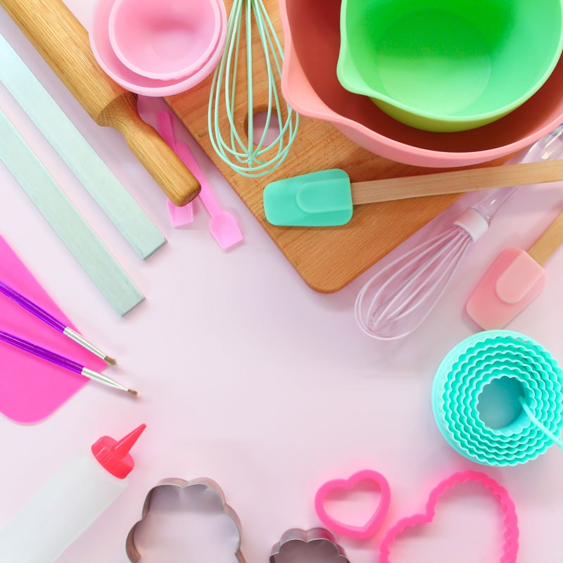 TOOLS & EQUIPMENT FOR ICING COOKIES