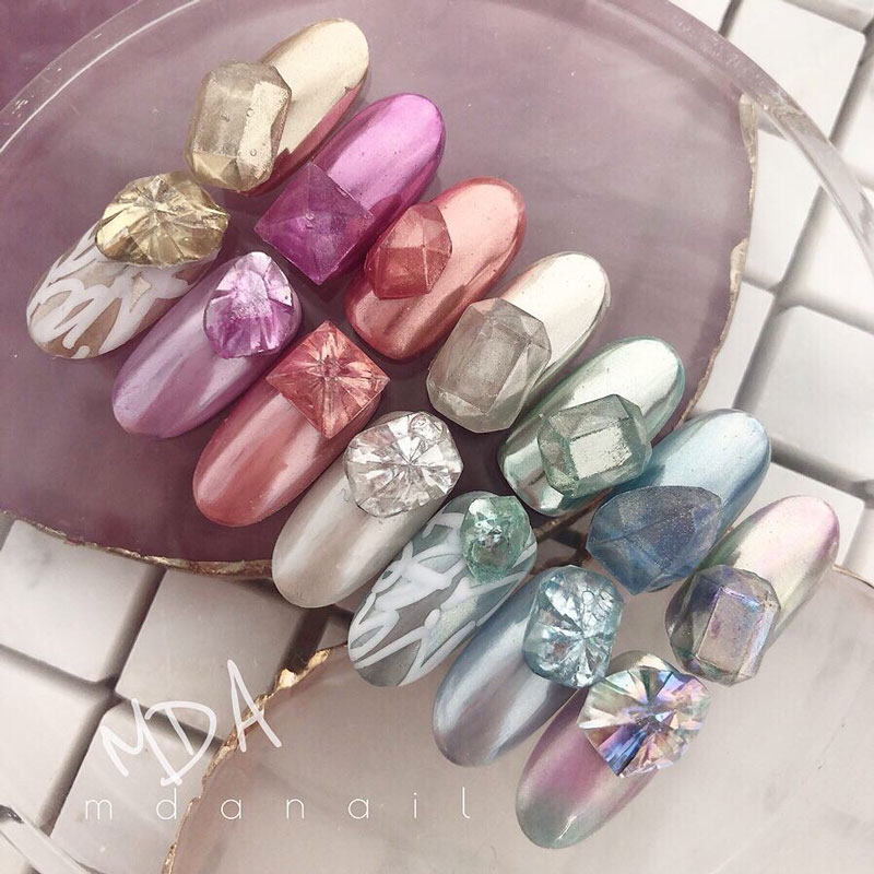 Jewelry Cut Bijou