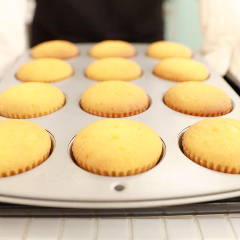 03 cupcake square 02