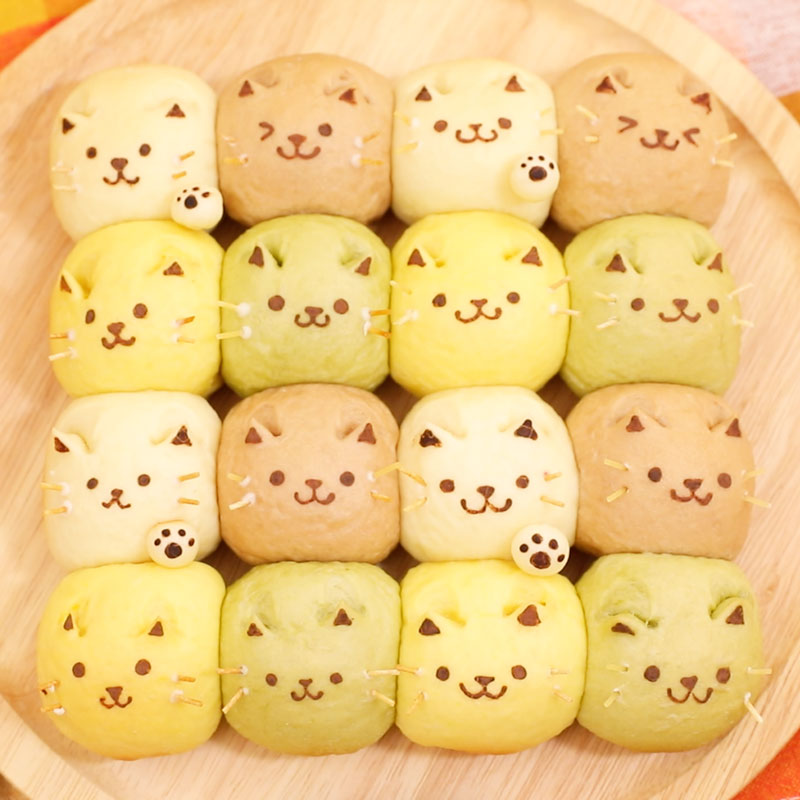 Colorful tear and share bread of Cat
