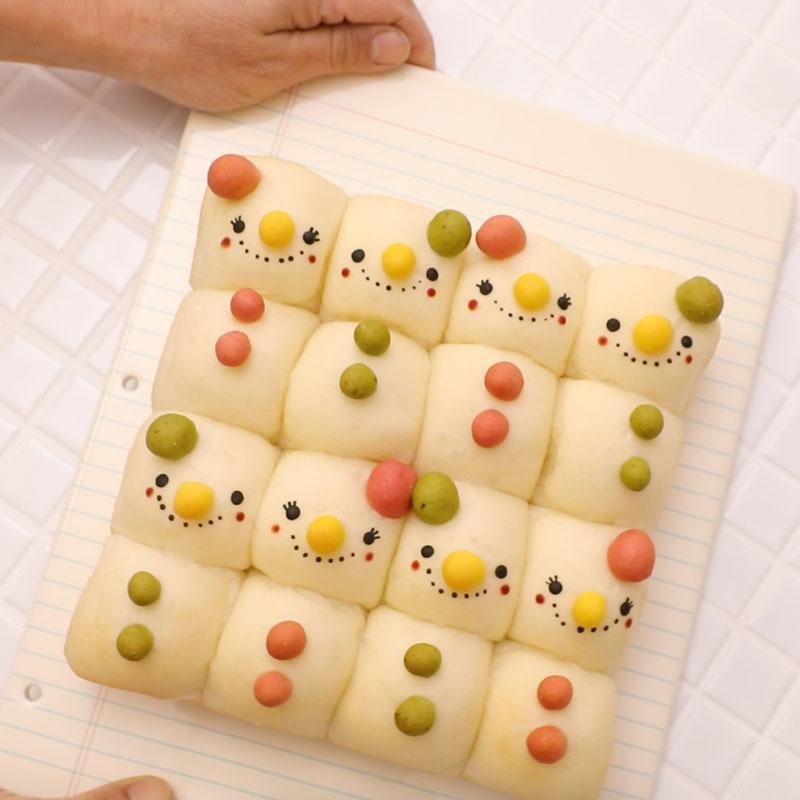 01 snowman square 02