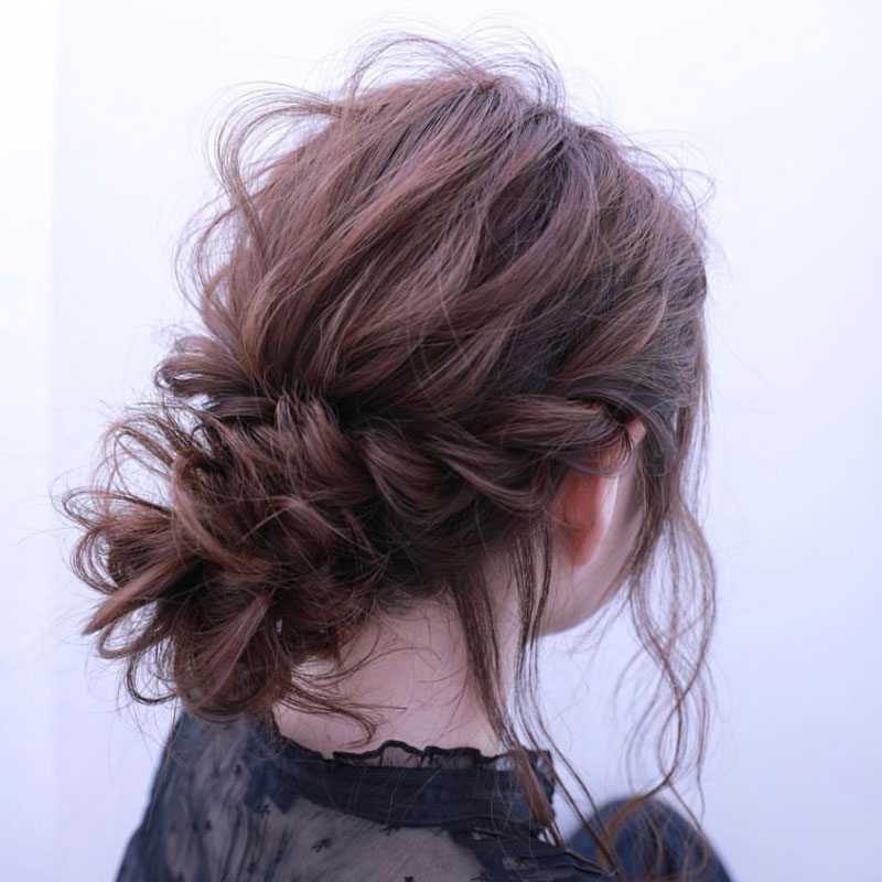 Braiding and Twisting hair arrange