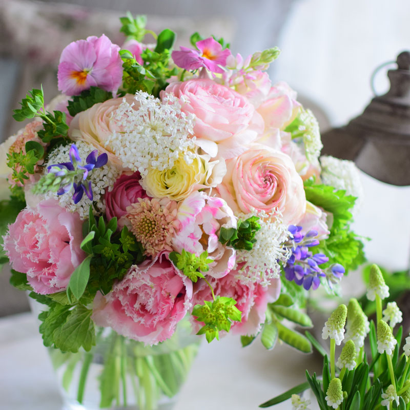 LAVENDEL Style Antique Pink Round Bouquet