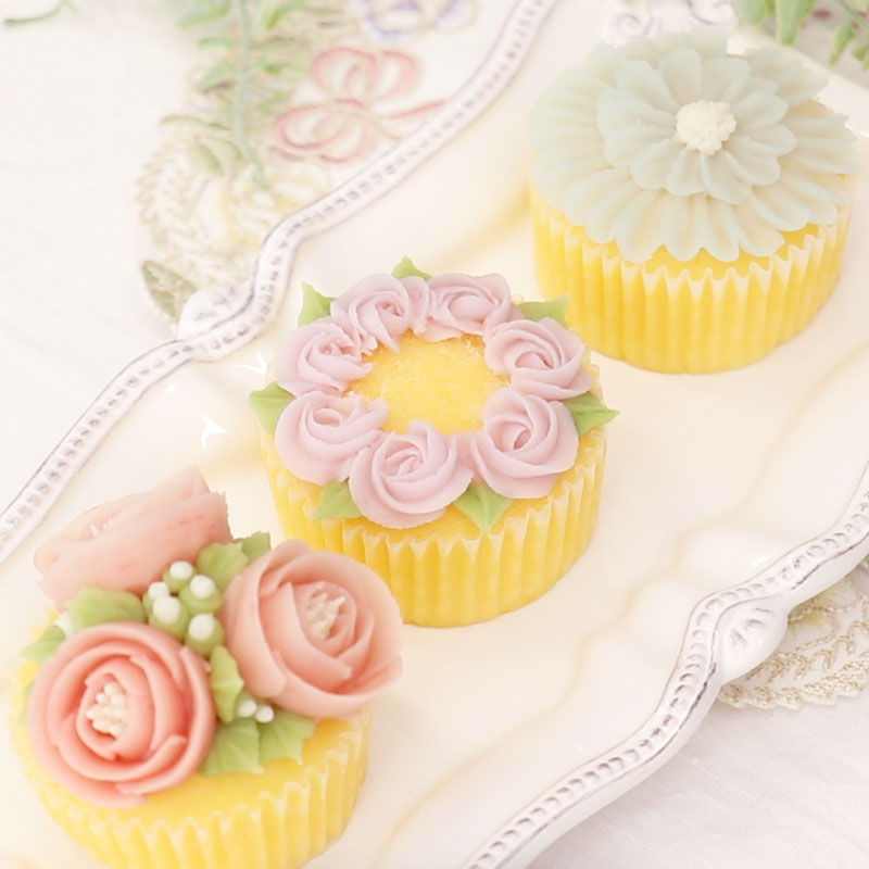 Three types of flower piping! Cute bean paste flower cupcakes