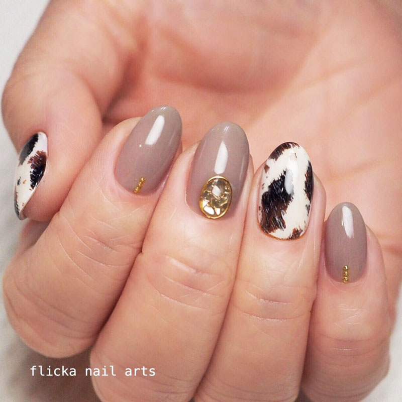 Slink Leather Nails