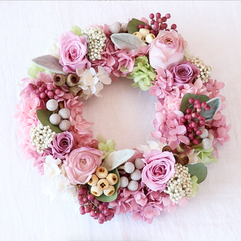 Highly Instagrammable! Flower Wreath with Preserved Flowers