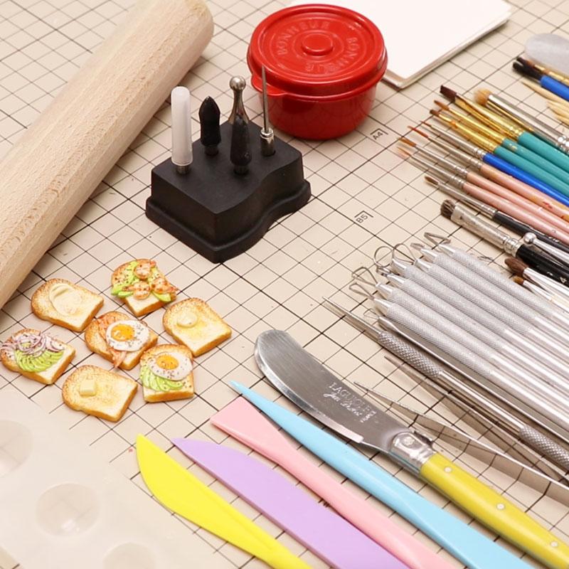 造形に使用する道具について