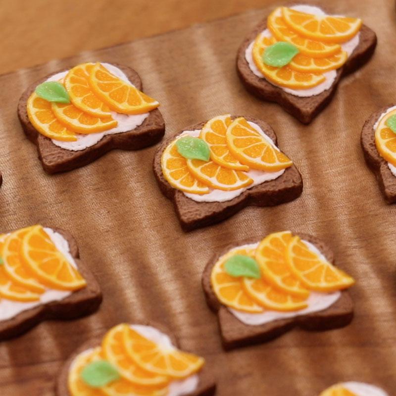 How to Make Marmalade Toast