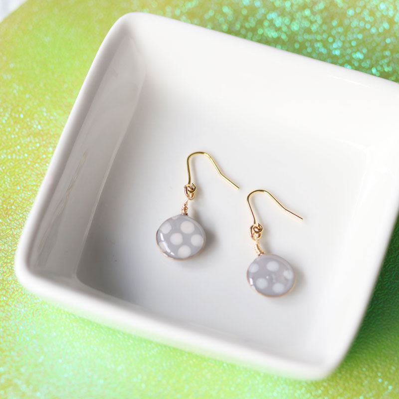 【Beginner】Polka Dots Earrings