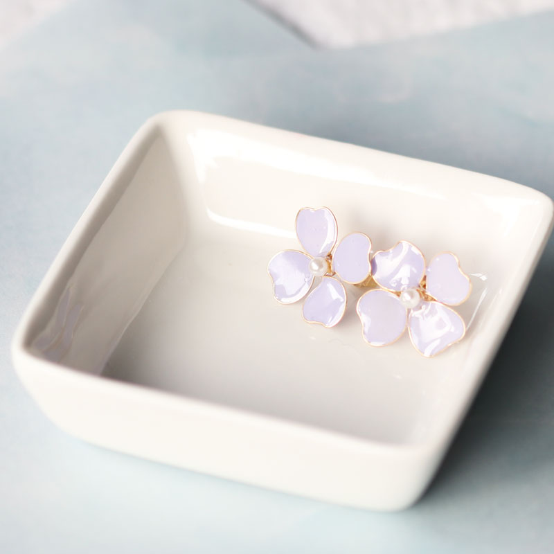 【Intermediate】Lavender-Colored Flower Earrings of Nail Polish Flowers