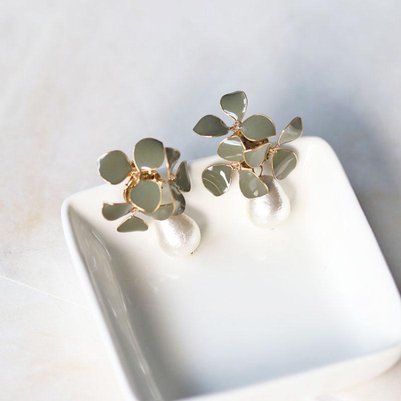 【应用篇】卡其色珍珠吊饰大耳环