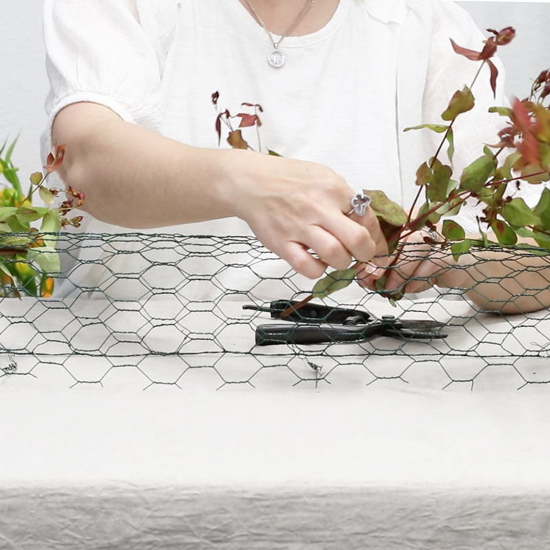 Floral Table Runner (Mechanics)