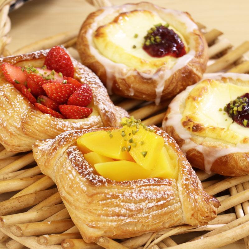 使用可頌麵包麵團製作的丹麥麵包