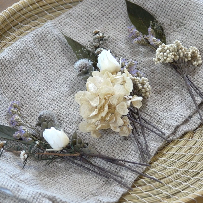 Perfect for Brides, too! Preserved Flower Hair Accessories