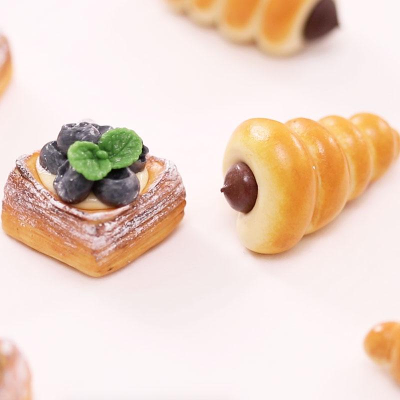 蓝莓丹麦酥&巧克力螺丝卷面包