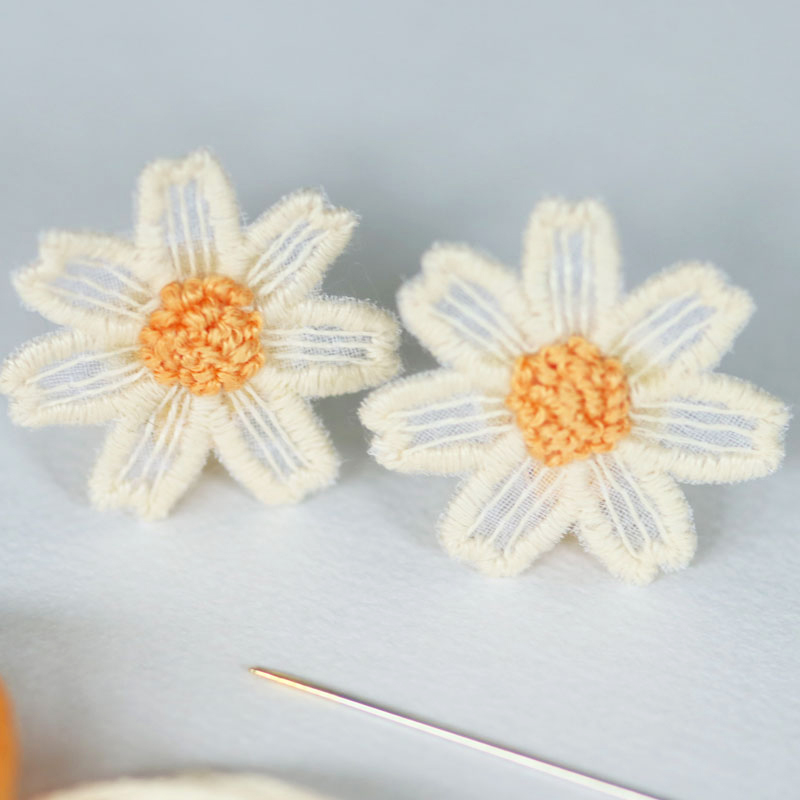 Margeurite Daisy Earrings