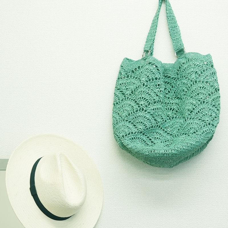 扇模様のビーチバッグ