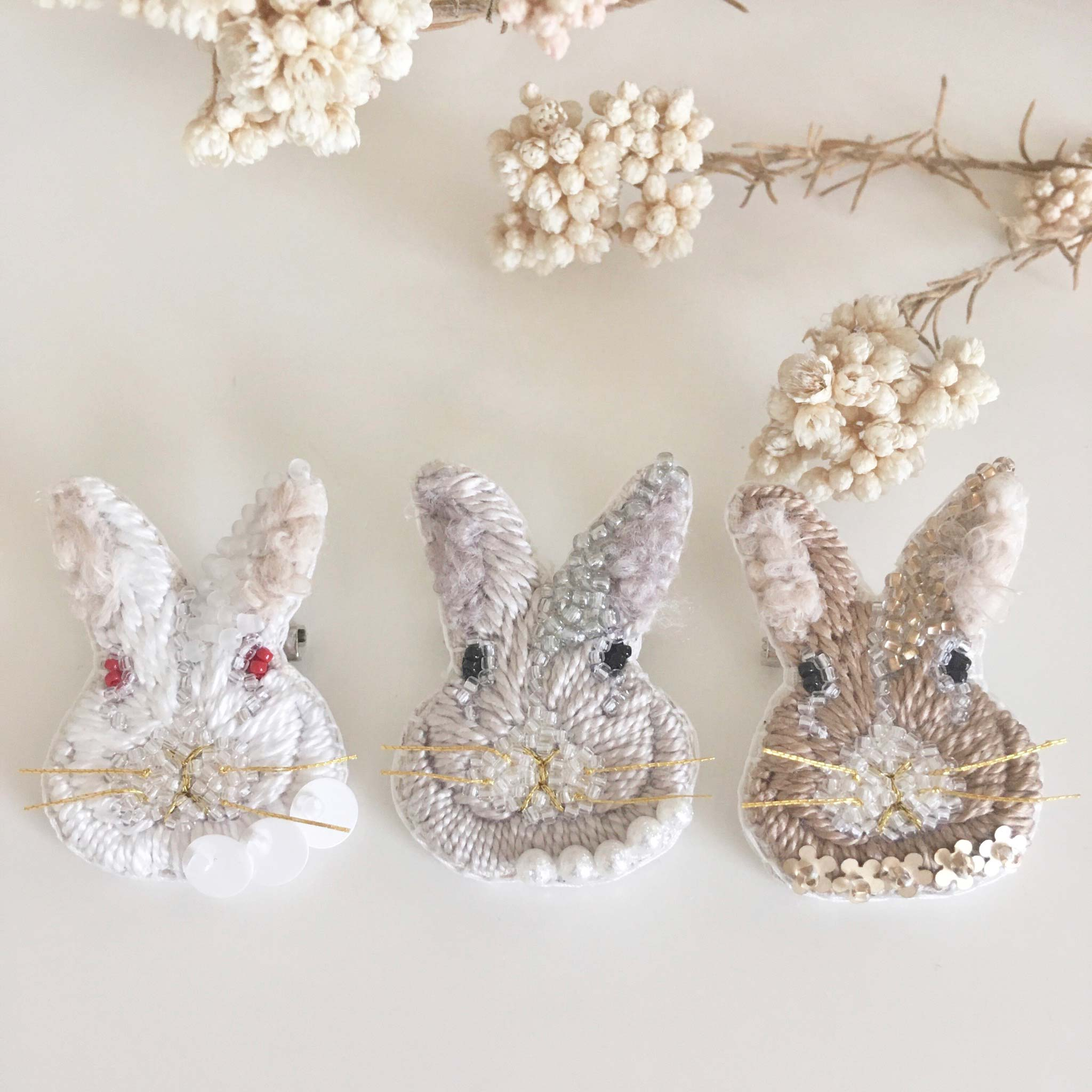 Rabbit Brooch Lesson by Cotoha