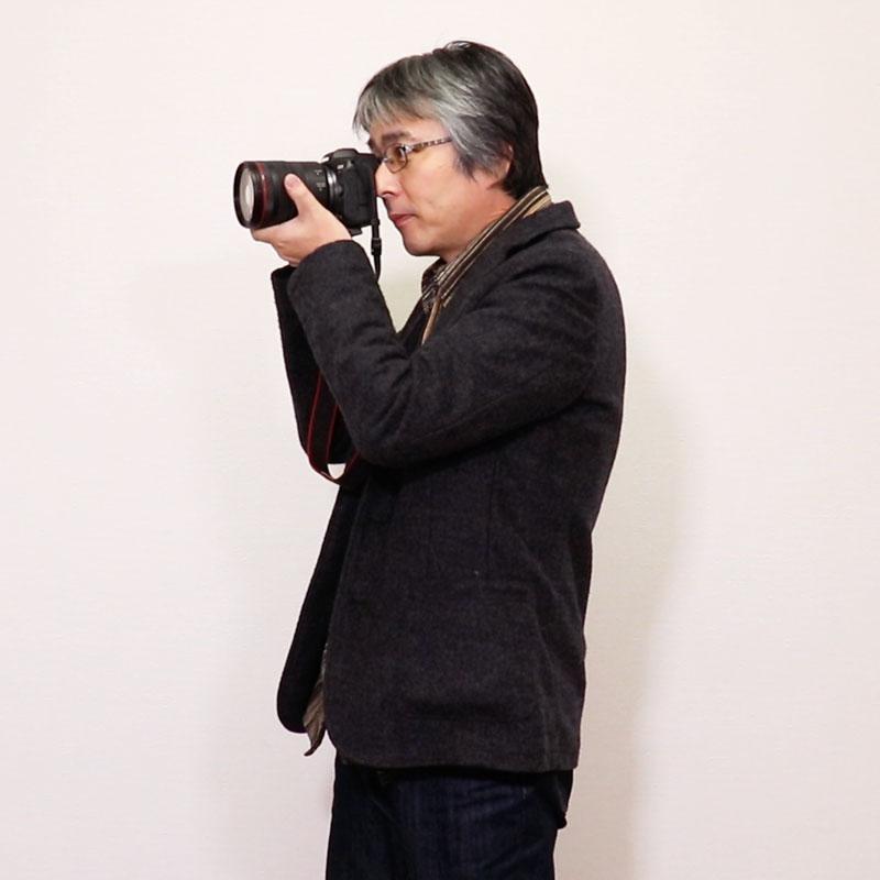 Canon入門①  カメラの構え方、最初の設定について