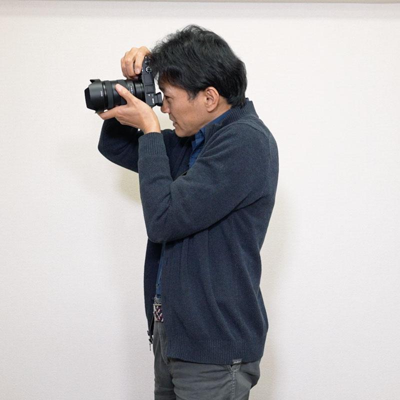 SONY入門③ カメラの構え方、撮影前の準備について